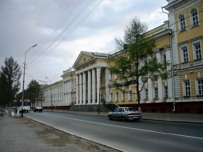 800px-Omsk_Military_School[1] (700x525, 98Kb)
