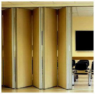 Дверь-гармошка.  Внешне они напоминают жалюзи - гофре, но с крепкими вертикальными ламелями...  Прочитать целикомВ.