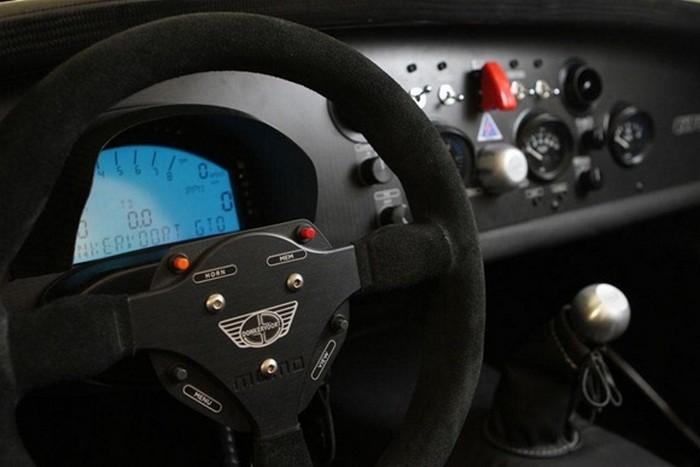 Минималистский спорт-кар Donkervoort D8 GTO 6