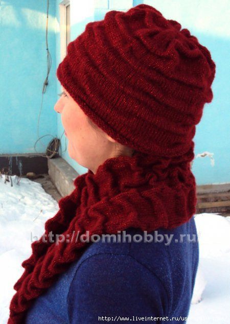 Комплект шапочки и шарфа с