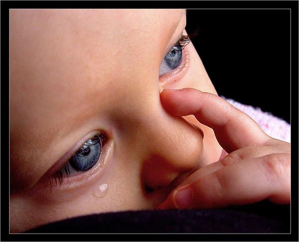 ребенок плачет/3479580_rebenok_plachet (600x486, 72Kb)