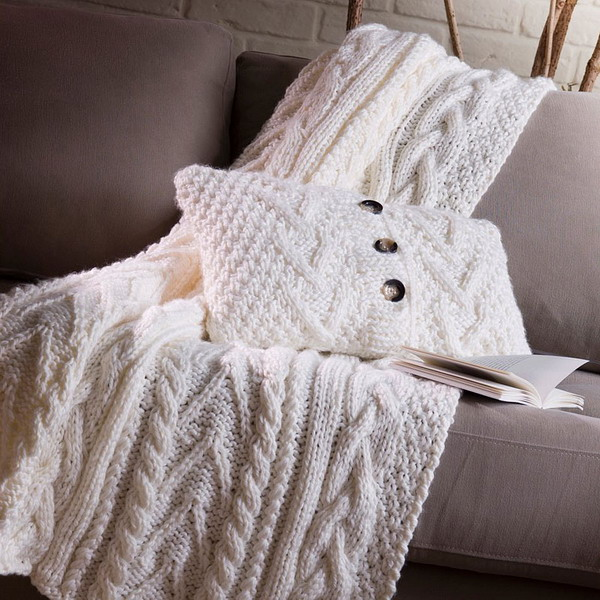 trendy-cushions-for-cold-seasons2-1 (600x600, 125Kb)