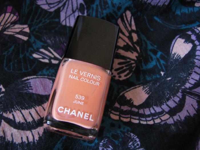 Chanel Le Vernis 539 June /3388503_Chanel_Le_Vernis_539_June_9 (700x525, 389Kb)