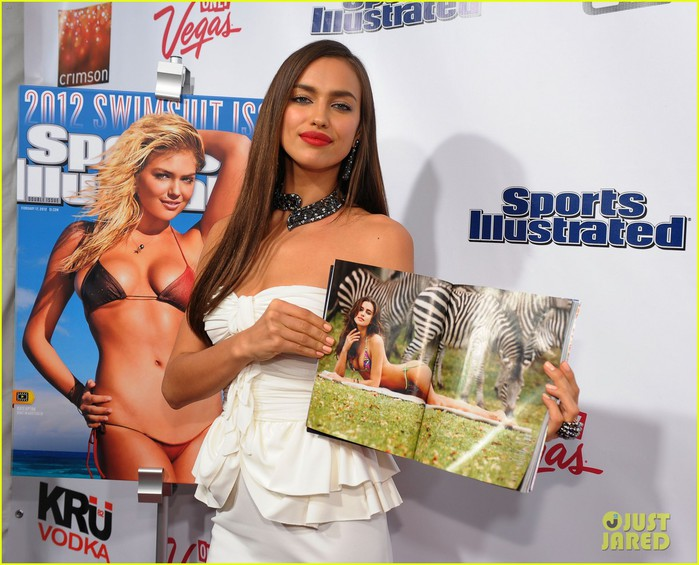 bar-refaeli-irina-shayk-sports-illustrated-10 (700x565, 106Kb)