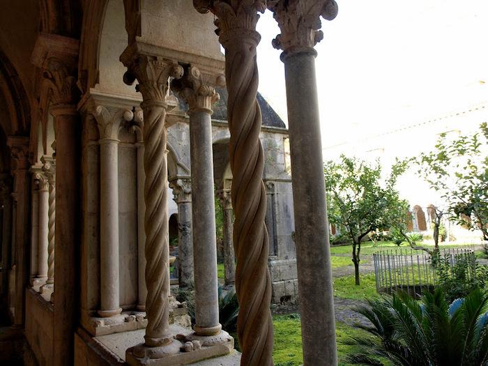 Бенедиктинское аббатство Фосанова :Fossanova 68216