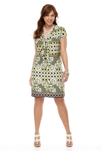 Описание: Платья трикотажные для полных 2012.