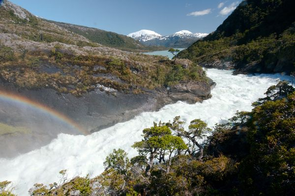 patagonia-chile-dams-freshwater-rivers-rave-dam-site-pascua-falls_20175_600x450 (600x399, 56Kb)
