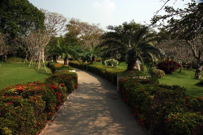 Thailand-Pattaya-Million Year Stone Park-2012-Изображение 342 копия (700x466, 146Kb)