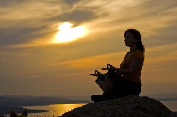 meditating3 (590x390, 94Kb)