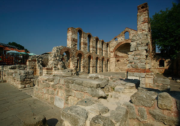 Руины_Несебра,_Болгария (600x420, 69Kb)