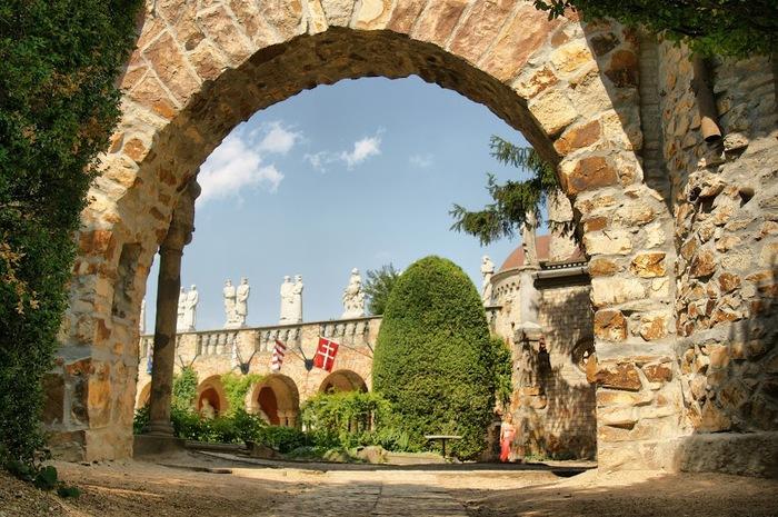 Замок Бори- Замок вечной любви (Bory var, Szekesfehervar) 98026