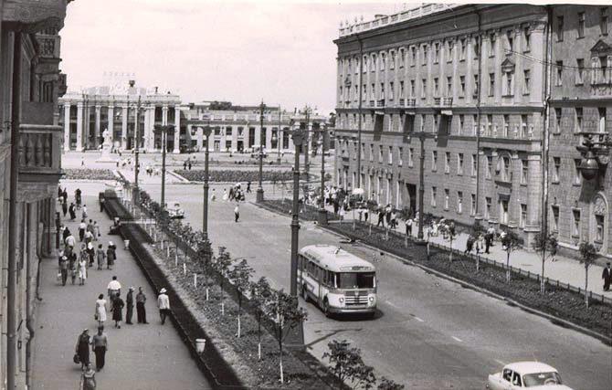 Врн 1960-80 вид на вокзал (670x427, 70Kb)