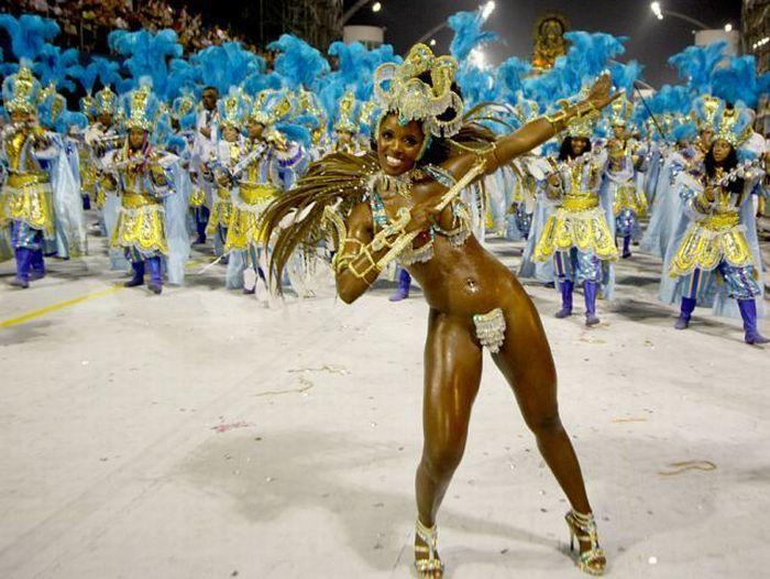 4617818_rio_de_janeiro_carnival_girls_09 (700x526, 76Kb)