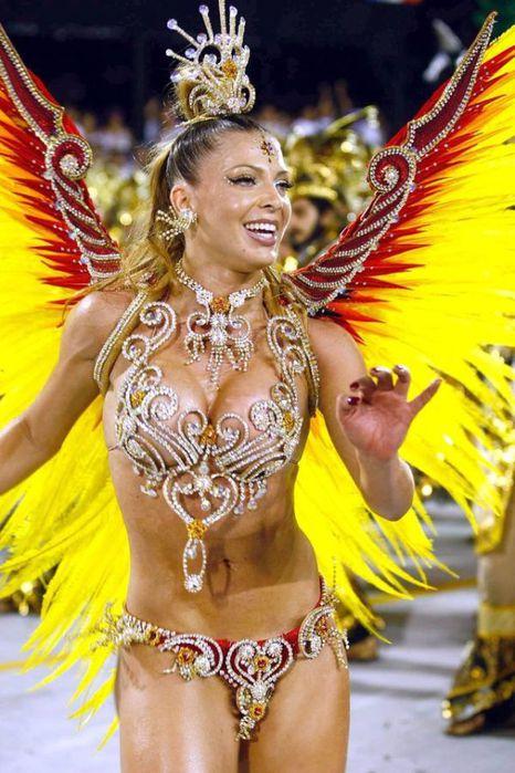 4617818_rio_de_janeiro_carnival_girls_12 (466x700, 74Kb)