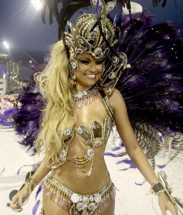 4617818_rio_de_janeiro_carnival_girls_10_1_ (595x700, 86Kb)