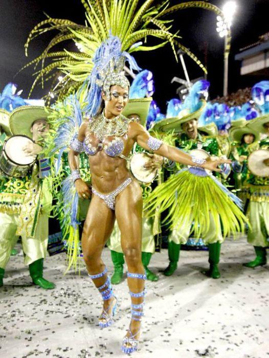 4617818_rio_de_janeiro_carnival_girls_49 (526x700, 87Kb)