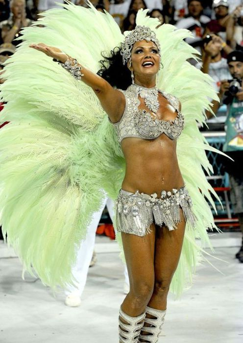 4617818_rio_de_janeiro_carnival_girls_52 (496x700, 68Kb)