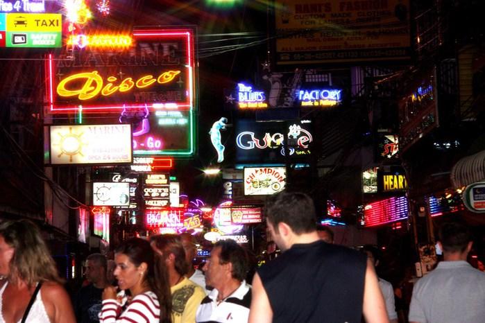 Thailand-Pattaya-Walking street-2012-Изображение 666 (700x466, 99Kb)
