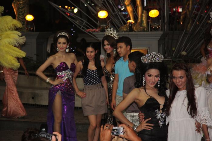 Thailand-Pattaya-Tiffany's Show-2012-Изображение 607 (700x466, 215Kb)