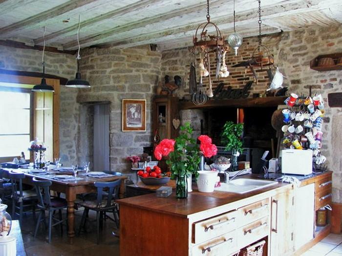 Французский стиль в интерьере кухни 6 (700x525, 114Kb)