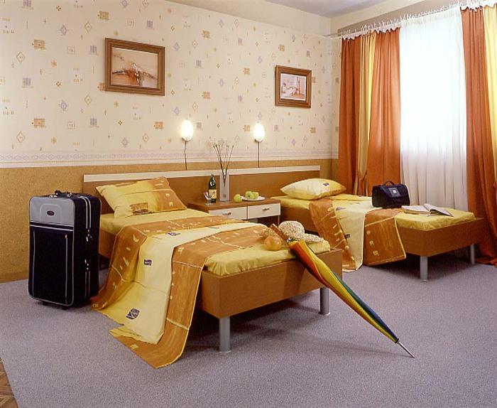 мебель для гостиниц /1329922271_gostinica (700x574, 117Kb)