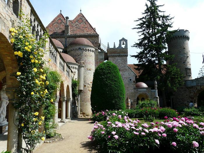 Замок Бори- Замок вечной любви (Bory var, Szekesfehervar) 44898
