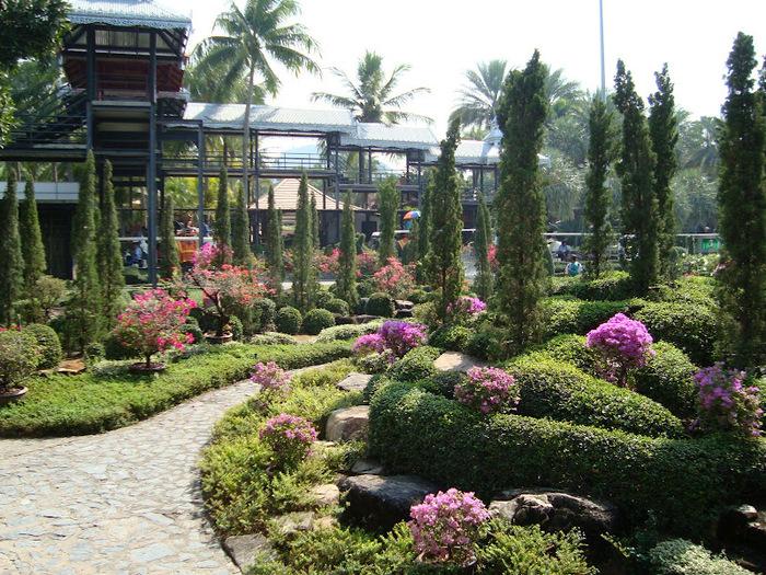 Парк Нонг Нуч (Nong Nooch Tropical Garden) 35000