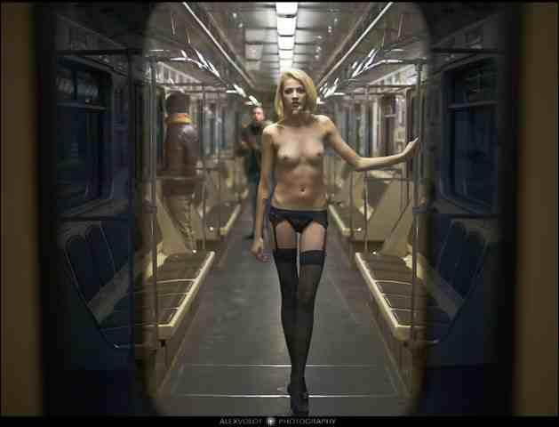 стриптиз в минском метро (5) (629x480, 15Kb)