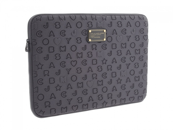 Marc_by_Marc_Jacobs_Stardust_Logo_Neoprene_17_quot__computer_case (600x450, 122Kb)