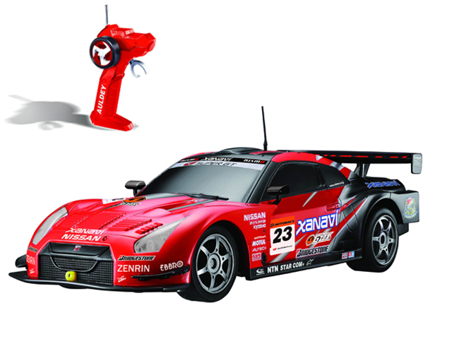 Р у 1 28 Nissan GT-R Super LC296790-2 Машина (640x480, 112Kb)