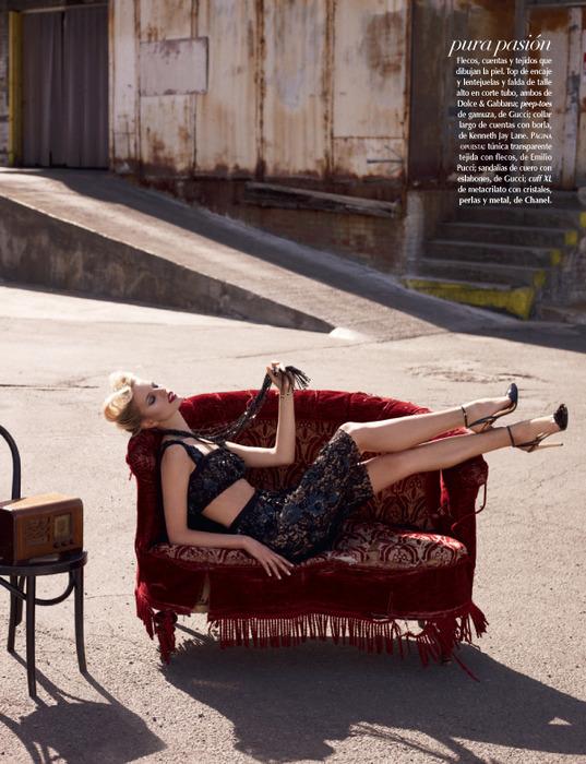 Karolina Kurkova Vogue 1 (537x700, 174Kb)/4552399_Karolina_Kurkova_Vogue_1 (537x700, 143Kb)