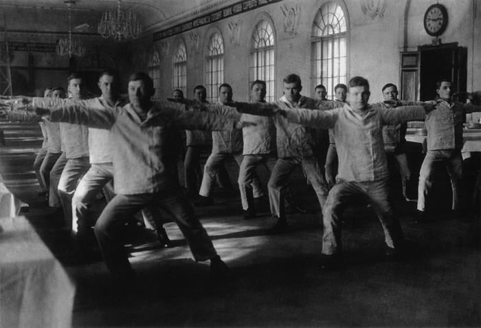 советский спорт фото 2 (700x477, 77Kb)