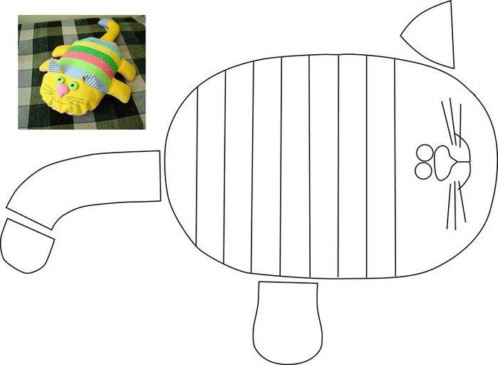 Кот-подушка (699x512, 39Kb)
