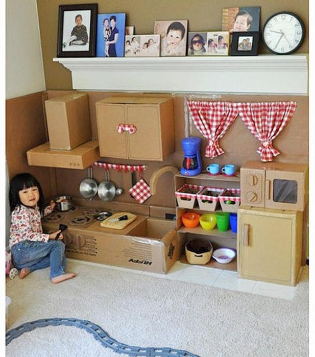 Фото как сделать куклу из картона своими