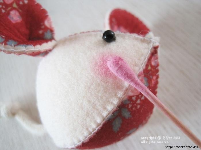 Мышки из декоративного войлока (9) (700x524, 189Kb)