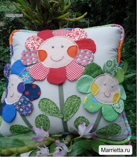 Наволочка с цветочками для детской подушки (1) (481x549, 354Kb)