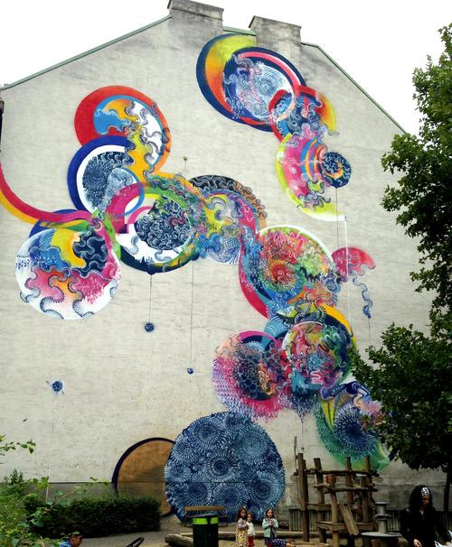 уличные граффити Дугласа Хокзема 9 (500x606, 412Kb)