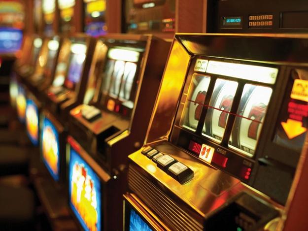 играть бесплатно в игровые автоматы (625x469, 112Kb)