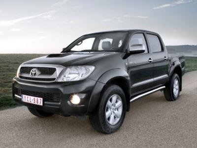 Toyota_HiLux (400x300, 33Kb)