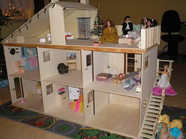 Кукольный домик своими руками из картонных коробок