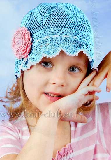 Летняя вязаная шапочка для