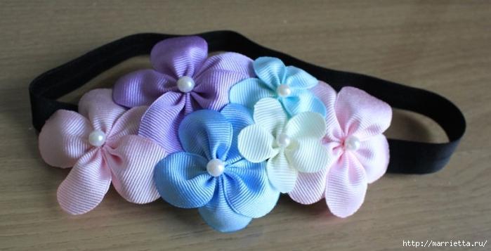 Украшение с цветами из лент для маленькой девочки (4) (700x357, 154Kb)