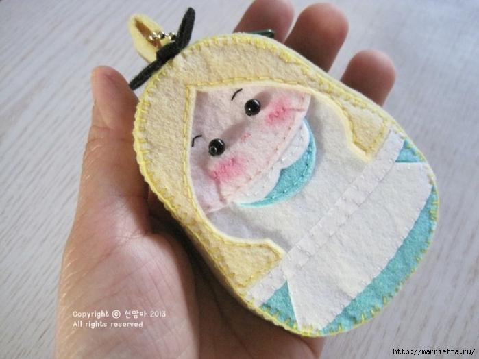 Детский кошелек-куколка из декоративного войлока (36) (700x524, 221Kb)