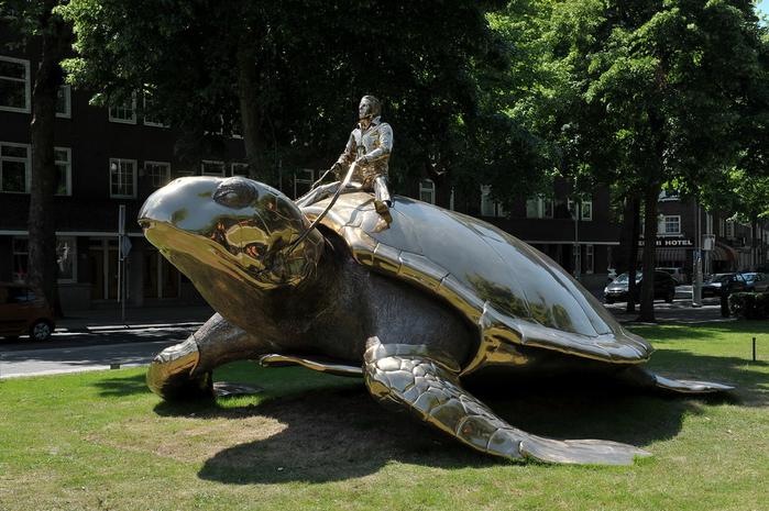 скульптура в поисках утопии скульптор ян фабр амстердам 3 (700x465, 400Kb)