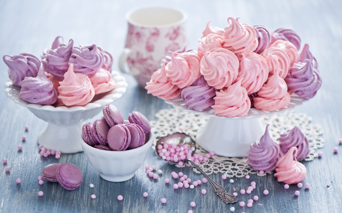 macaron-marshmallows-meringues-still-life-hd-wallpaper (700x437, 318Kb)