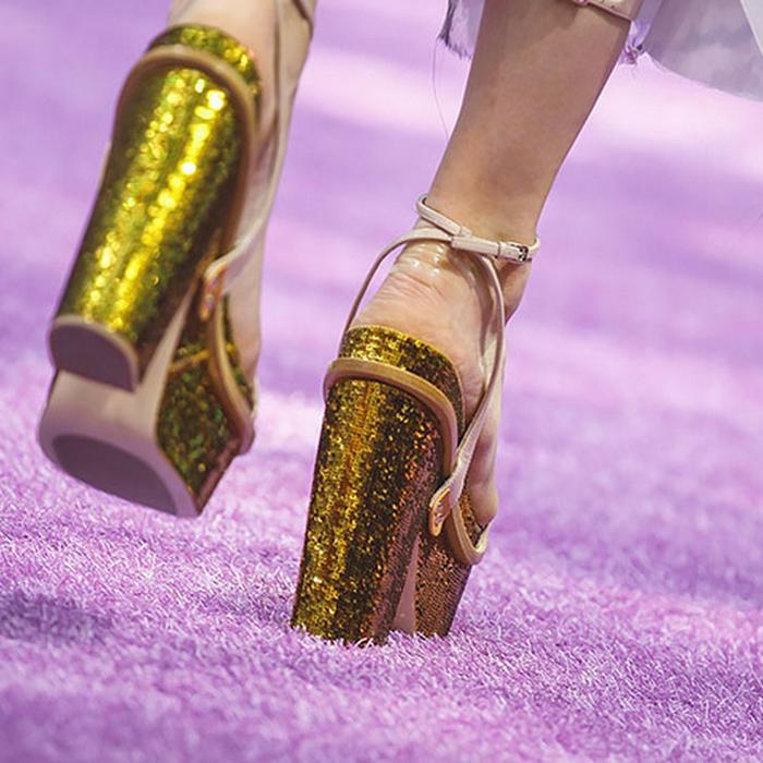 50 лучших пар туфель Недели Высокой моды (700x700, 468Kb)