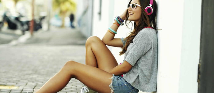 girl-headphones (700x304, 144Kb)