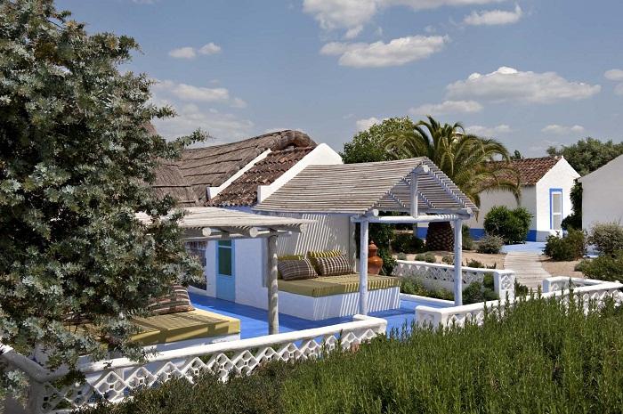 летний домик в деревенском стиле 1 (700x465, 444Kb)