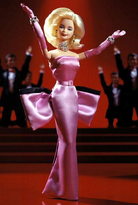 1997_Barbie_Doll_as_Marilyn_in_the_Pink_Dress_from_Gentlemen_Prefer_Blondes[1] (471x700, 306Kb)