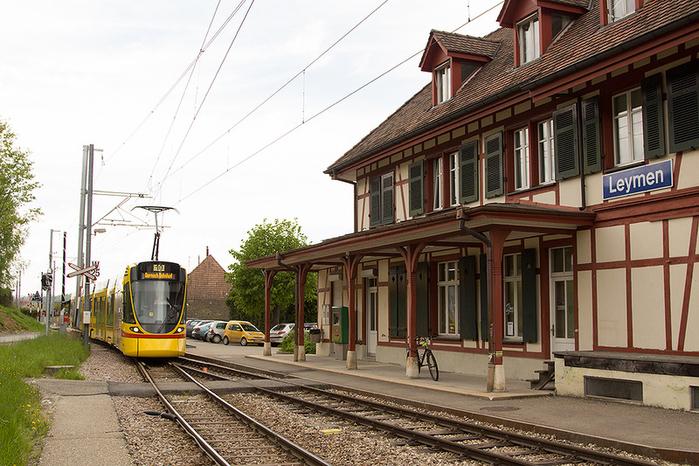 базельский трамвай фото 6 (700x466, 453Kb)